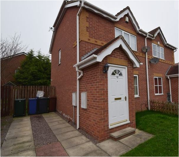 2 Bed Modern Build Semi available now for long Let Property