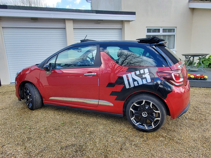 2013 Citroen DS3 Convertible 1.6 manual Vehicles 4