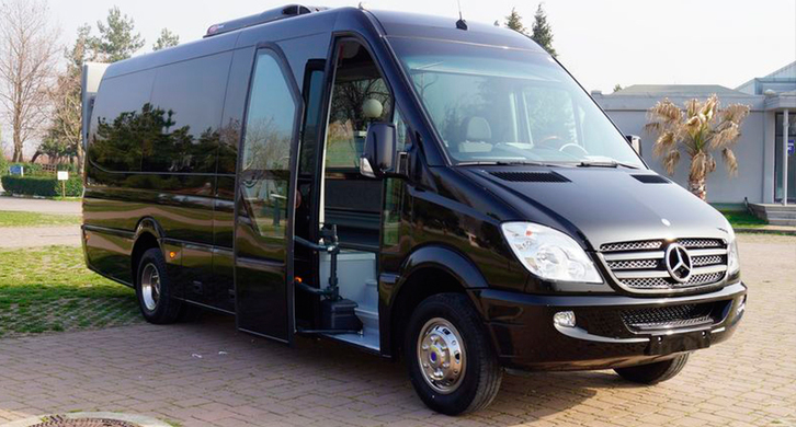 Minibus Hire & Coach Hire in Leeds - From £39 - 0113 8300965 Other 4