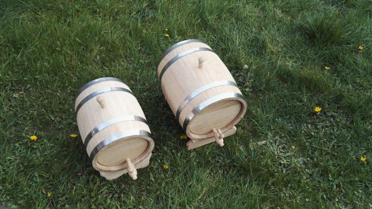 OAK BARRELS 10L AND 20L BRAND NEW FOR SPIRITS, WHISKEY, WINE, CIDER, BOURBON Other 3