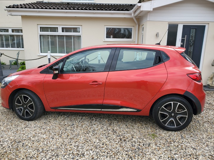 Renault Clio 2014 D-Que M-Nav Energy TCE SS Vehicles 3