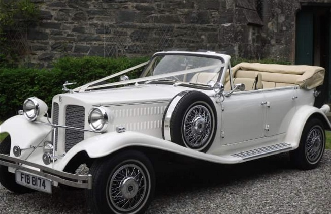We provide luxury chauffeur-driven vintage wedding car for hire. To book our Beauford hire services in London call 07538548345 your Beauford hire. Vehicles 3