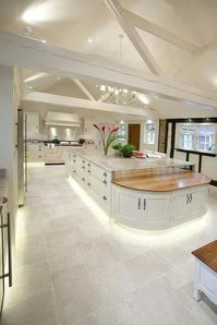 Tiling services provided by professional tilers in Leeds and surrounding areas